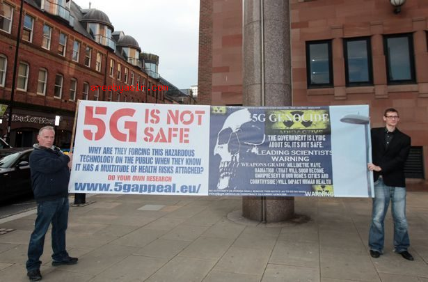 There's enough evidence to conclude the new smart 5G arrays on the top of new LED lampposts emit Class 1 Radiation frequencies and should be treated as a danger to the Public.